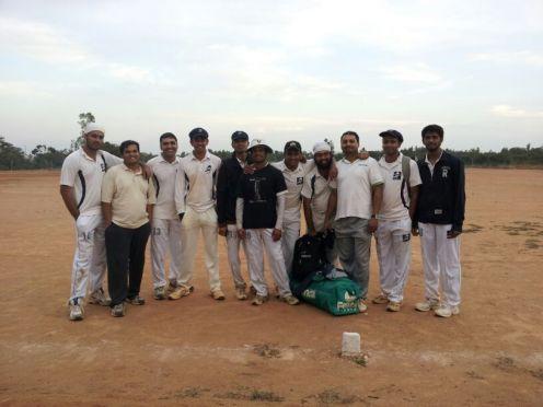(L to R): Kaustubh VC), Nanda, Ananth, Goutham (C), Dinesh, Jobin, Shoukath, Jugpreet, Bhadresh, Harsha (WK), Vinay