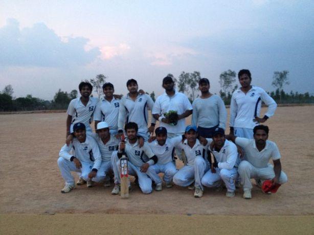 Standing (L to R): Muthu (WK), Bhargav, Ashish, Sameer, Karteek, Gokul Squatting (L to R): Goutham, Kaustubh (C), Jobin, Gaurav, Shoukath, Gautam, Chanakya